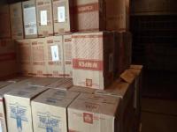 Суррогатную водку, коньяк и виски изъяли силовики в популярном в Павлодаре оптовом магазине