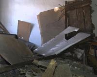 В Павлодаре в деревянном бараке обвалилась крыша